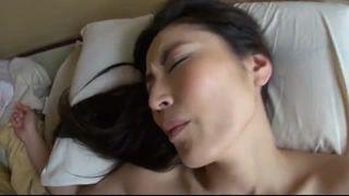 美人奥さんと温泉で不倫w個人撮影し不貞にイキ捲るエロ動画