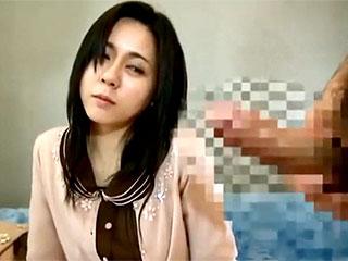センズリ鑑賞で奥様がまさかの不倫w勃起に発情するエロ動画