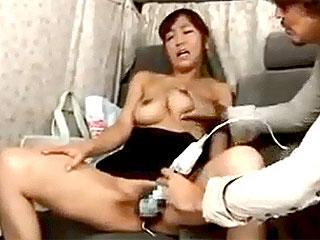 巨乳セレブ奥様をナンパし生理マンコに中出しし捲るエロ動画