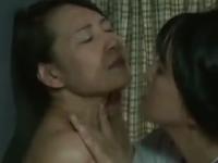 ヘンリー塚本のエロ動画で家政婦が奥様にレイプされるレズ姦