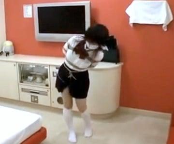 素人GカップJKなおちゃんにリモバイ装着して亀甲縛りしたエロ動画