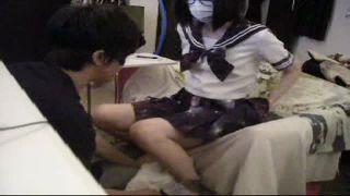 JKマンコを舐め続ける変態M親父が個人撮影した援交クンニ動画