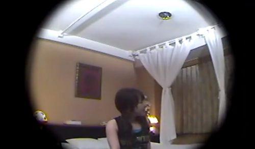 デリヘル頼んだらガチ未成年の現役JKで盗撮しちゃったSEX動画