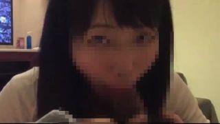 カラオケBOXでフェラチオ奉仕する美少女JKのスマホ動画が流出