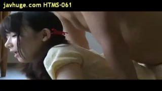かわいい自分のJC娘にデカチン挿入する鬼畜親父の近親レイプ動画