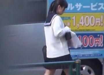 吹奏楽部JKが帰宅バスで痴漢されイラマ・挿入されるレイプ動画