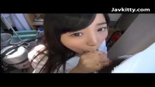 可愛いJK彼女にフェラチオ奉仕させ口内射精を撮影投稿したスマホ動画