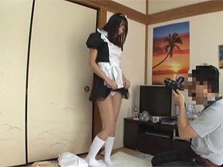 家で可愛いレイヤーがコスプレ&ヌードモデルの個人撮影会隠し撮り