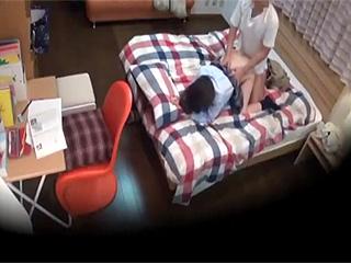 【素人投稿☆盗撮】変態家庭教師がパイパン巨乳JK教え子とのSEX隠し撮り♪『ダメですって…』も押し切られ中出しされとるぞw|無料エロ動画ガチヌキ